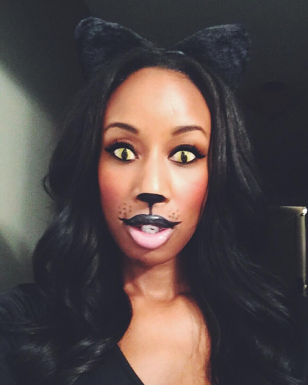 Black Cat Halloween Makeup Black Girl Yellow Cat Eye Contacts