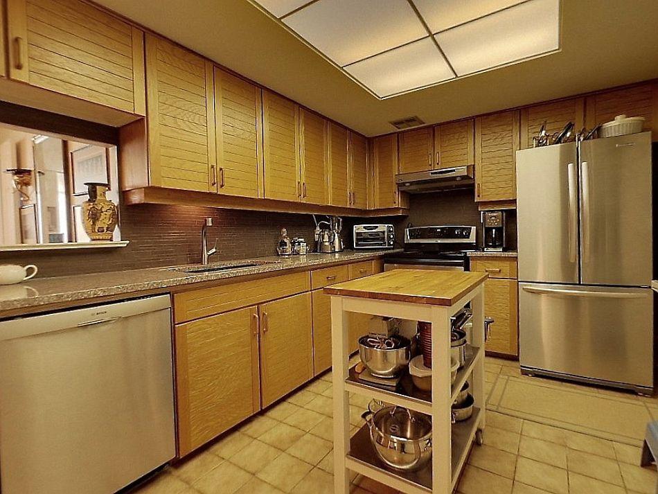 5444 Yonge St North York Toronto Condos For Sale Kitchen