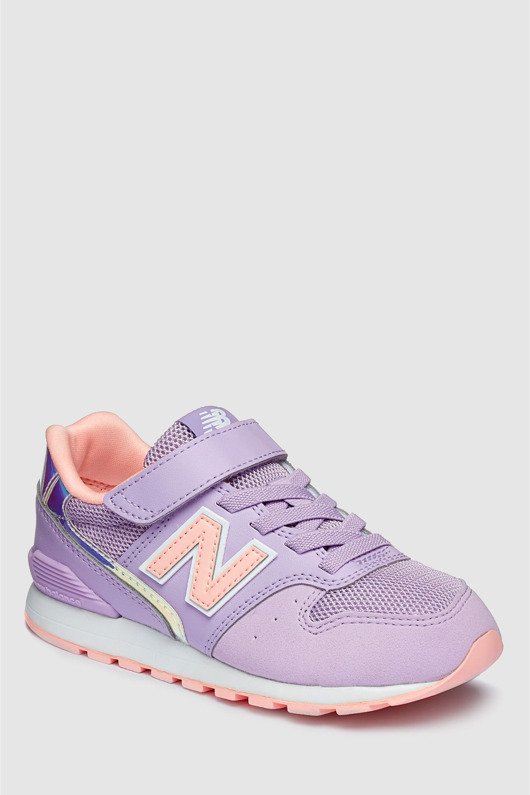 3fc95773f28d Girls New Balance Pink 996 Younger Trainer - Pink in 2019