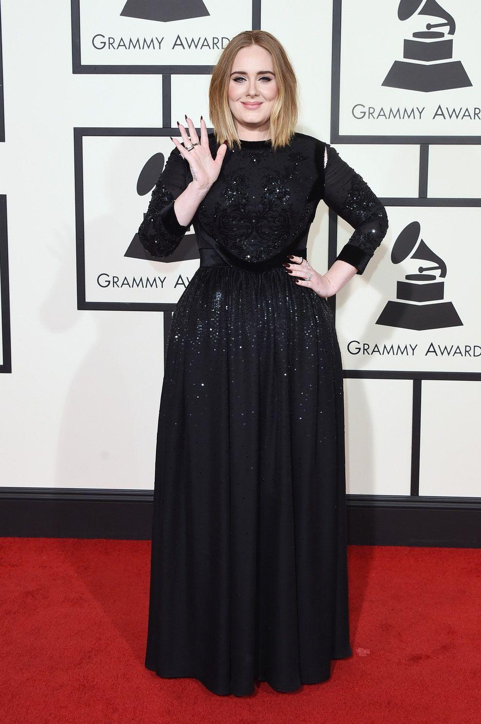 f6733c52625 Adele en Givenchy. in 2019