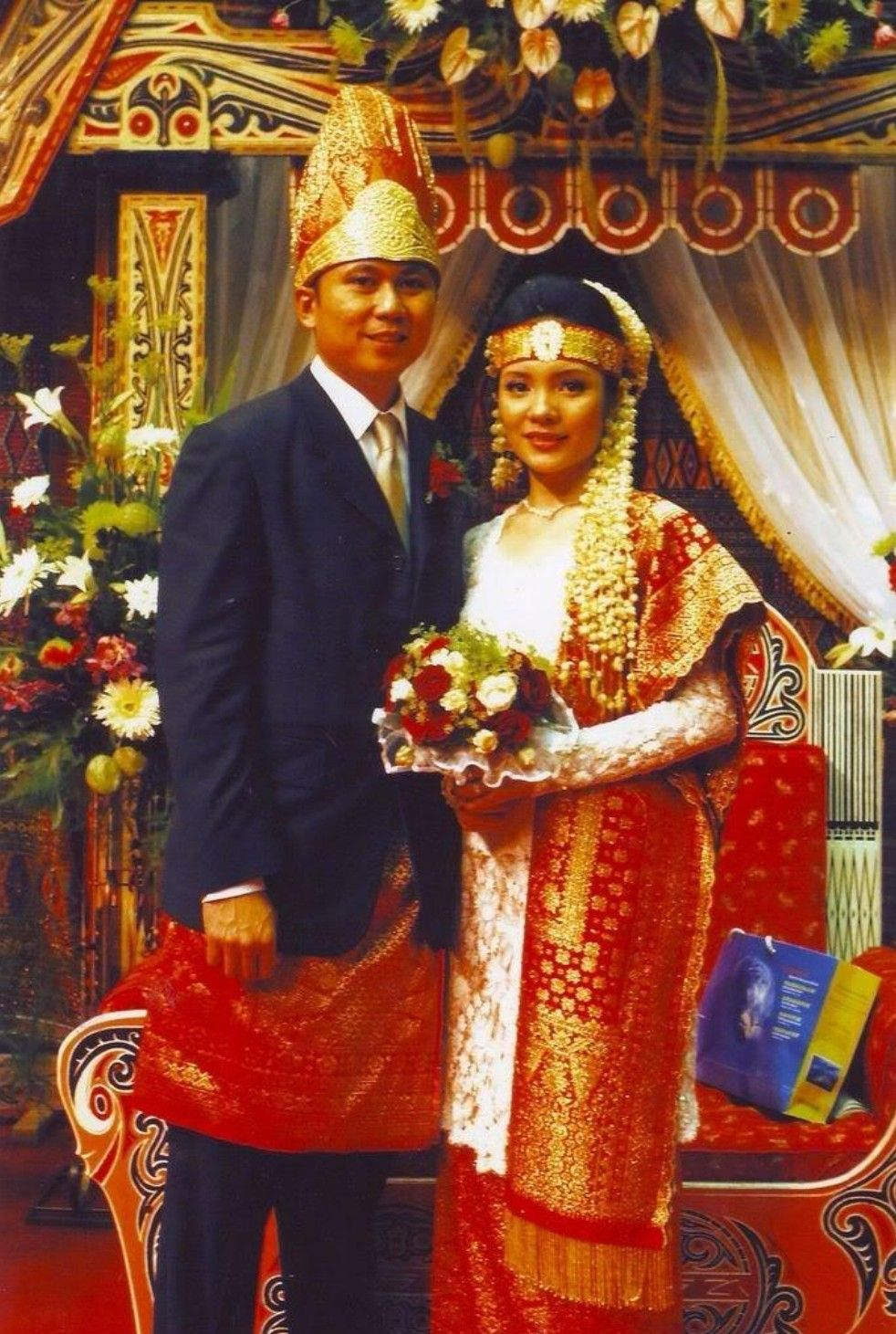 Pin oleh Mohd Adnan Mahmood di nikah di 10  Pengantin, Pakaian