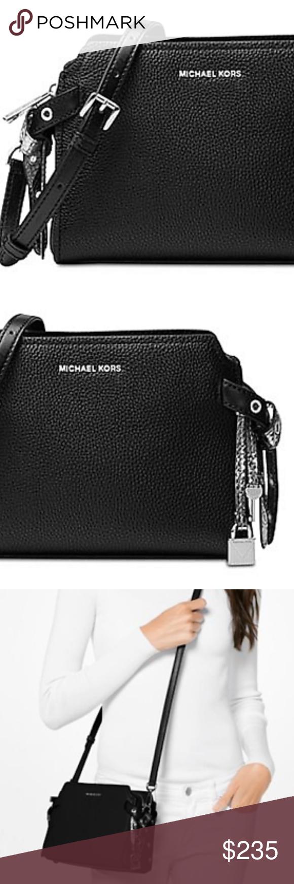 0280a615ac6 MICHAEL Michael Kors Bristol M Messenger Black MICHAEL Michael Kors Bristol  Medium Messenger Black Medium sized