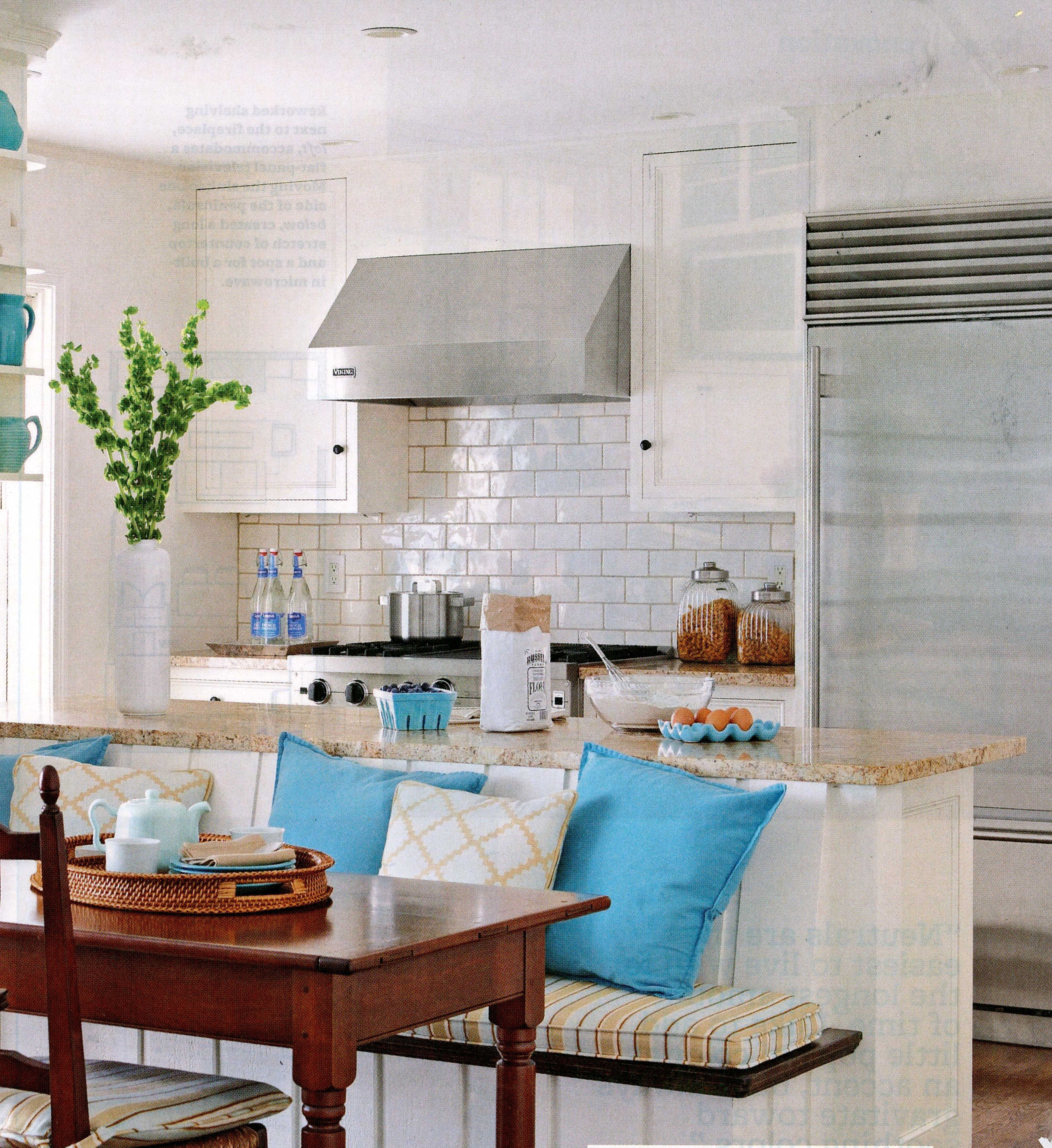 19 Must See Practical Kitchen Island Designs With Seating: Island Banquette