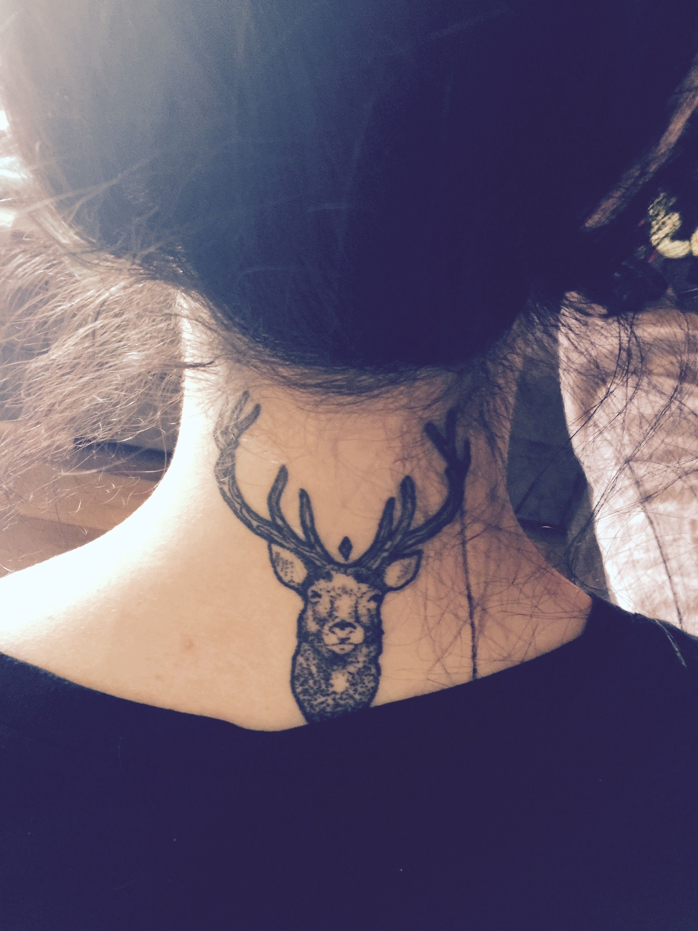 necked tattoo of women