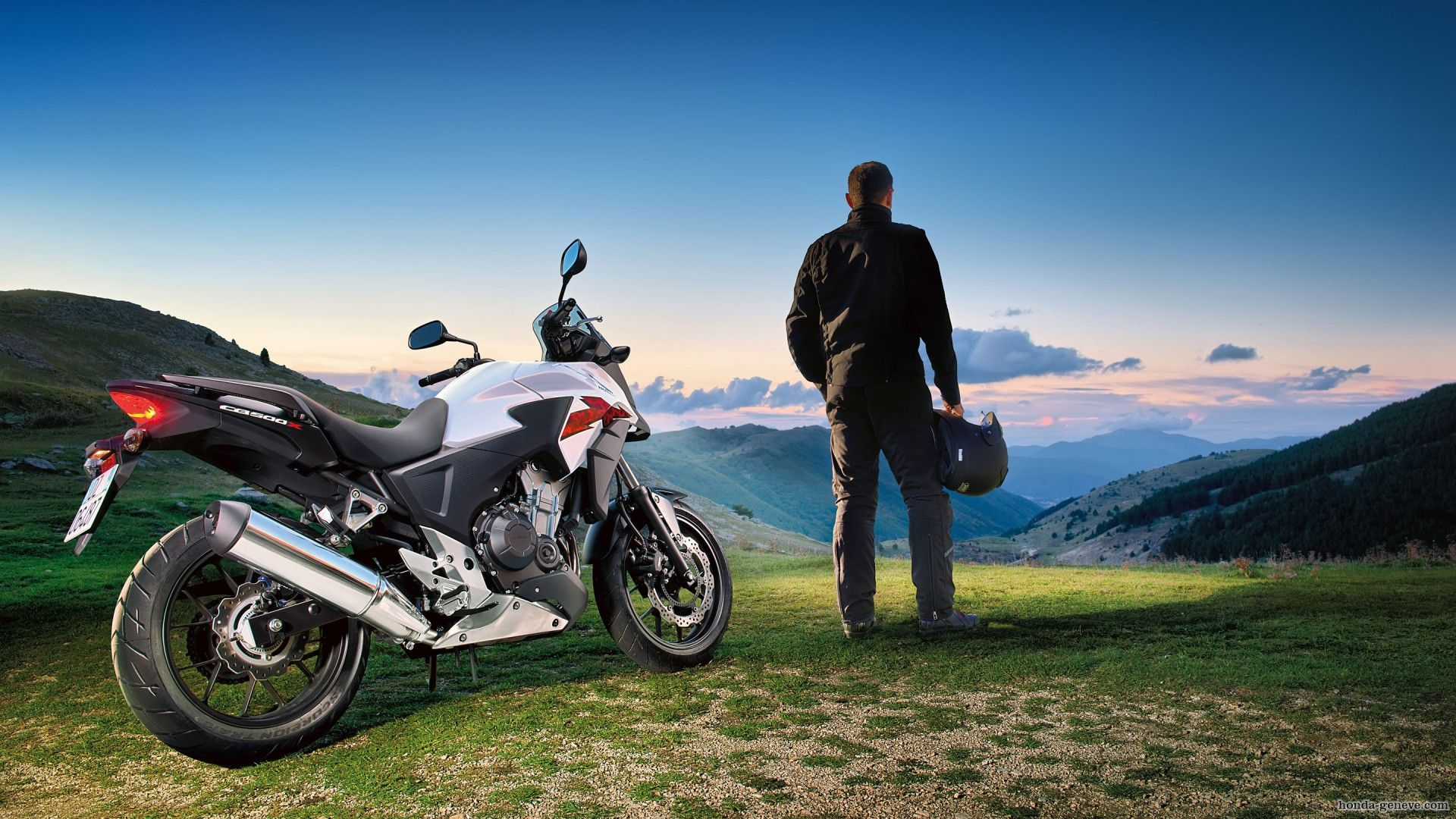 Honda-CB500X-montain-wallpapers