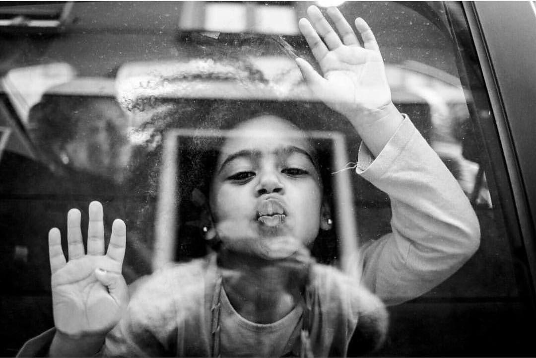 Empezamos la semana con este gran beso #conmiradademadre de @nereagaraizar destacada por @evixdealba