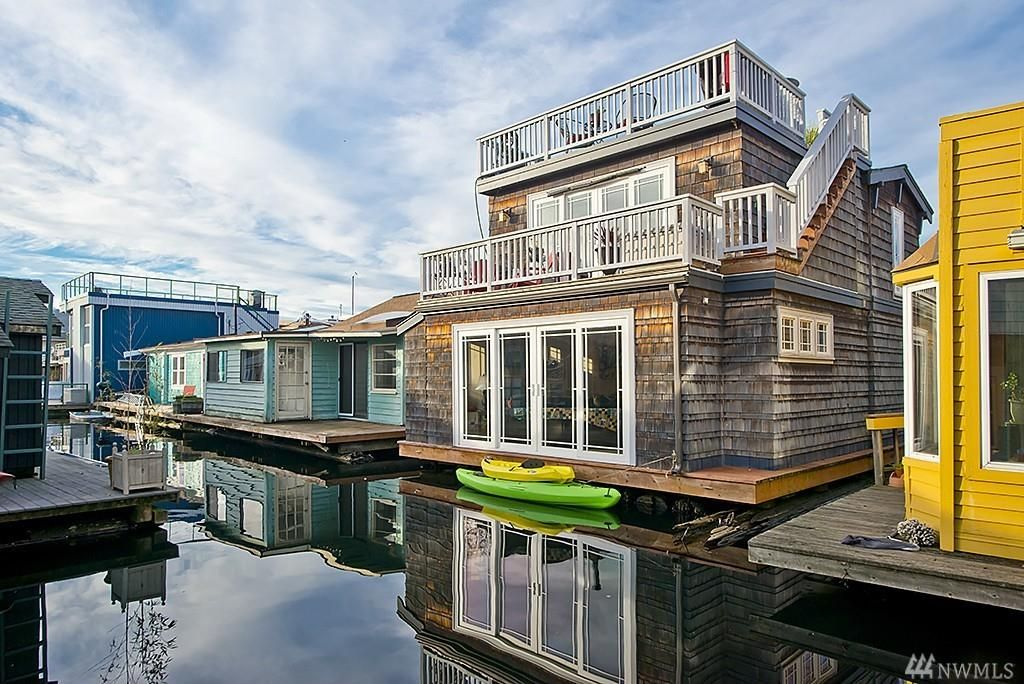 Pending In Escrow Seattle Houseboats Seattle Homes For Sale
