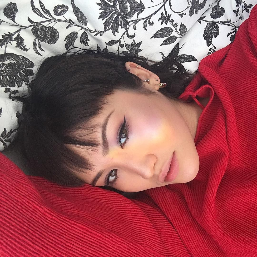 likes comments えりか ちゃん erikabowes on