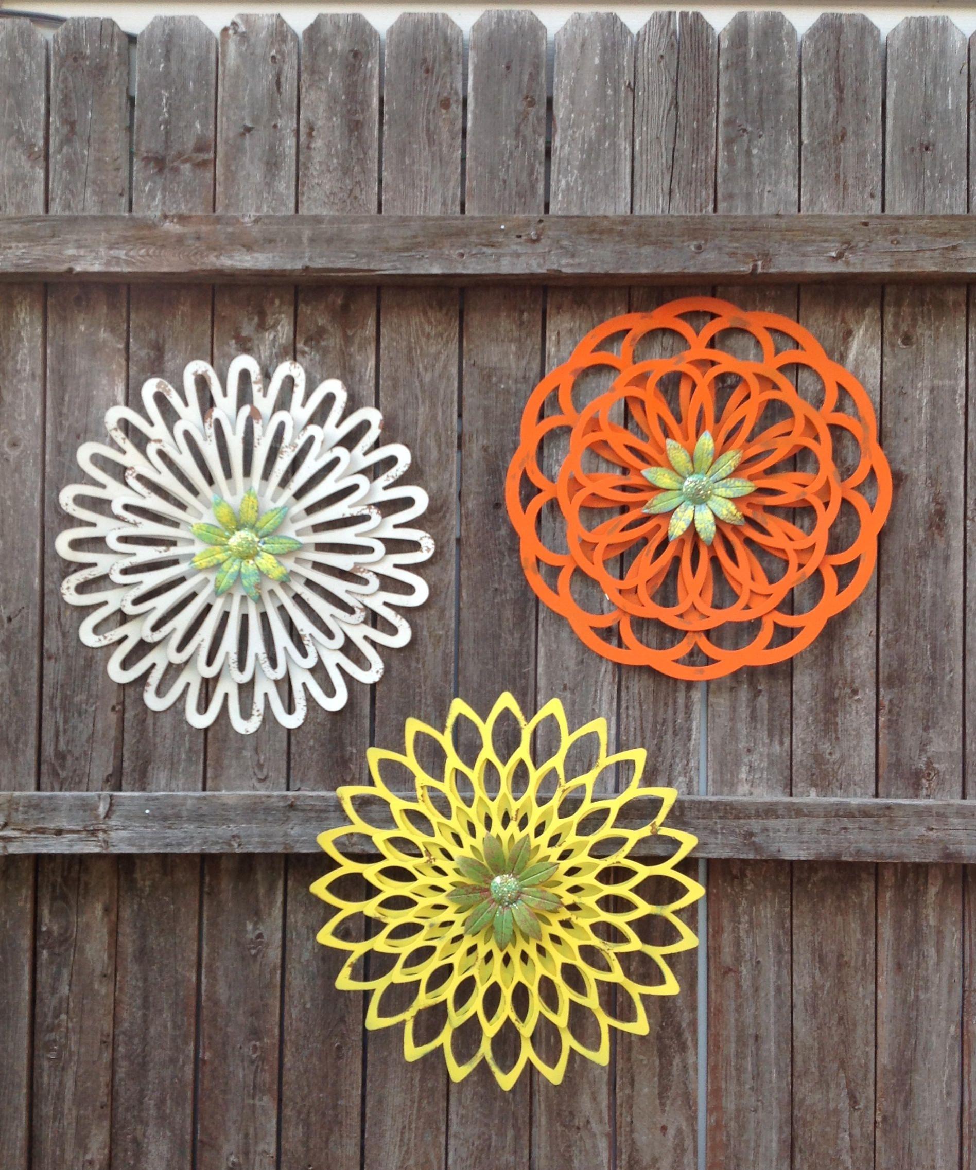"16"" Layered Metal Flowers Set of 3 Yellow Orange White"