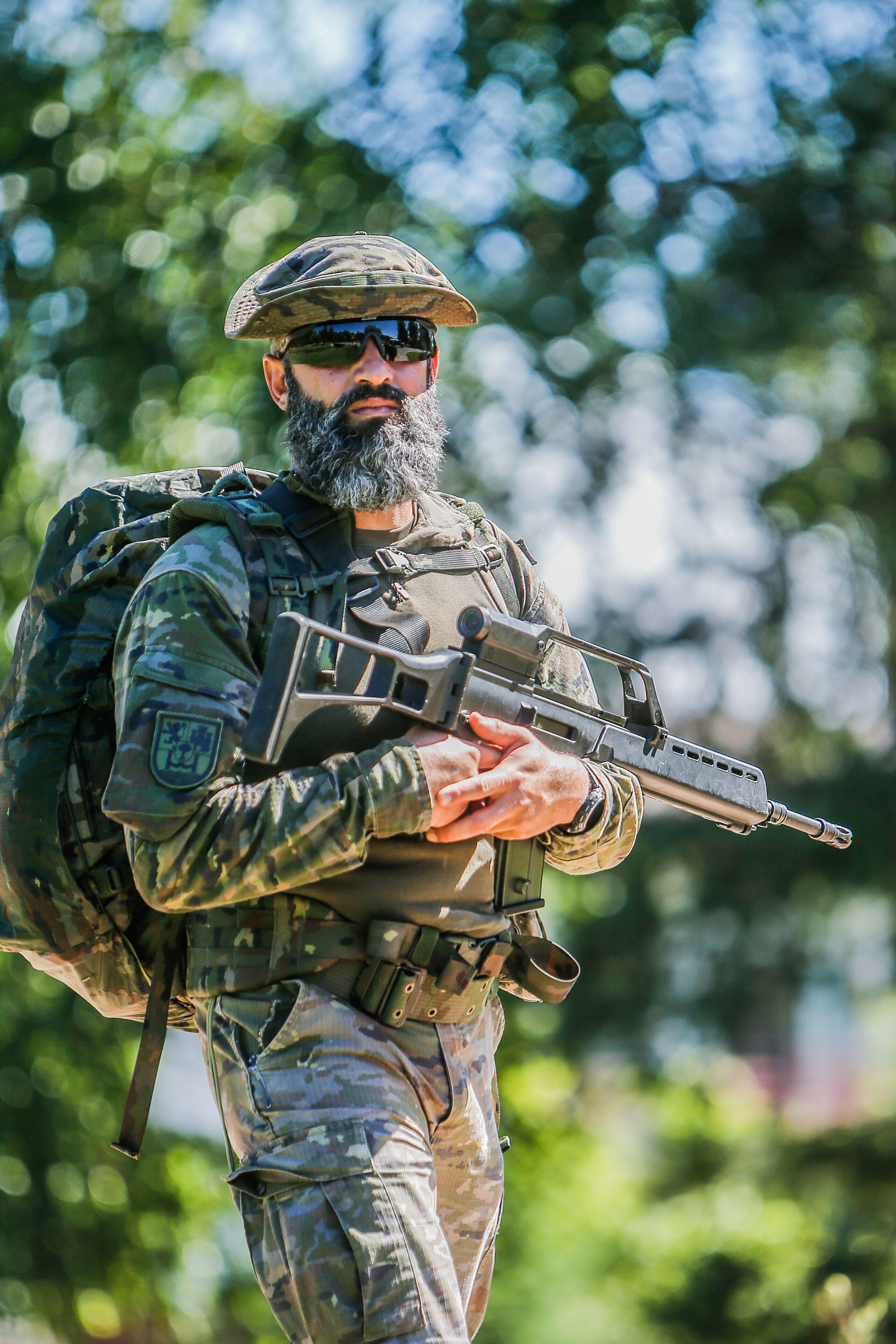 f13917d4d1f1b Spanish Soldier  2821 x 4231