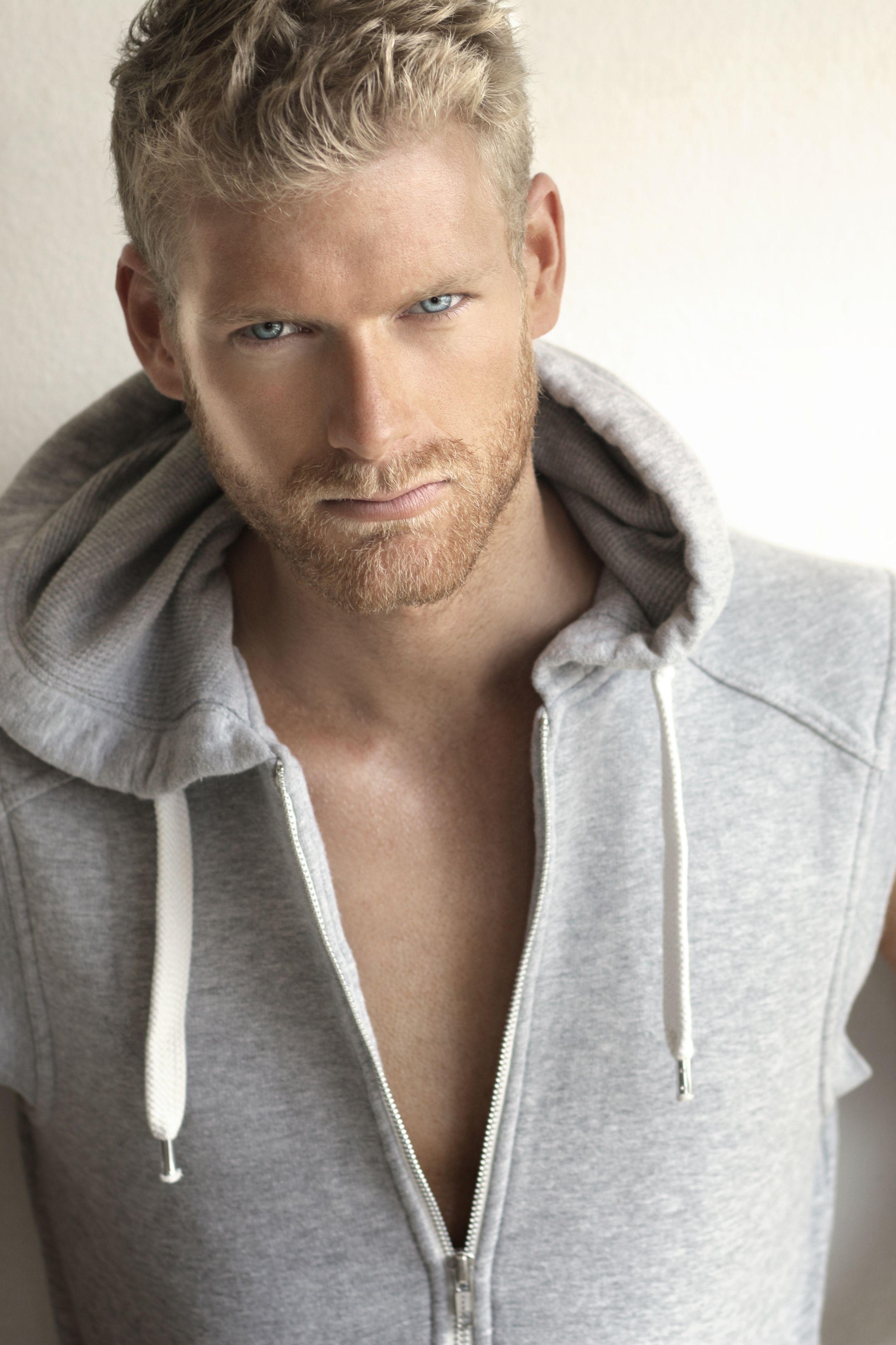 Meet Owen Cowboy Reynolds Blonde Male Models Blonde Guys Blue Eyed Men