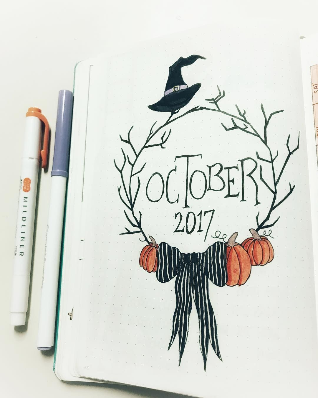 33 Awesome October Bullet Journal Cover Spreads