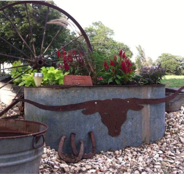 Great Rustic Western Garden Stays Well Above Critter Height