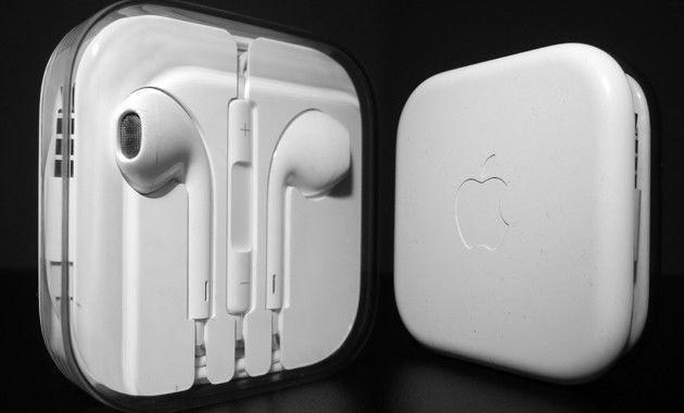 Original Genuine Apple Iphone Earpods Earphones White Headsets W Remote Mic Apple Headphone Apple Iphone Iphone