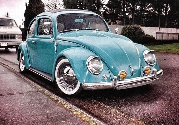 Volkswagen Bug. VW Beetle. Resto-Cal. Lowered 1958 Ragtop Bug.