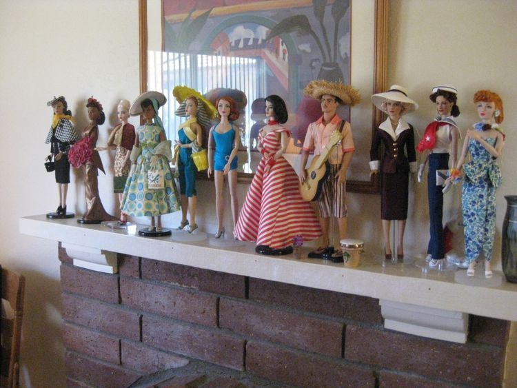 The Studio Commissary: Today's Doll Party>>>> PIC HEAVY>>>>>>