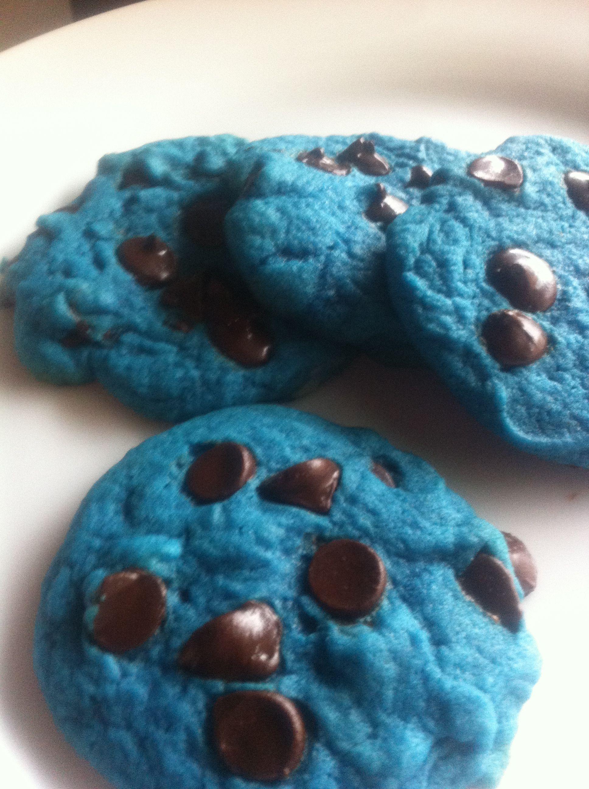 Blue velvet chocolate chip cookies. My kids loved them!! 1 ...  Blue velvet cho...
