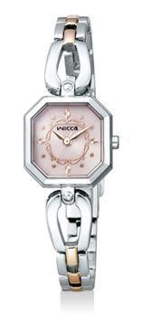 近隣のお客様にご購入いただいた女性用の腕時計です。CITIZEN wicca は、年代問わず人気があります。店頭ではピンク色の文字盤が一番売れています。すべてのモデルが電池交換不要なので経済的ですね。お買い上げいただき、ありがとうございました!!