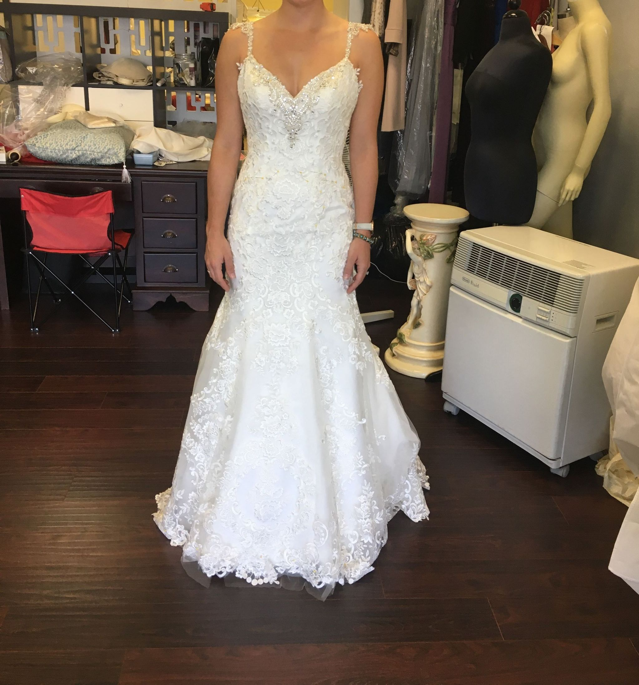 Used wedding dresses near me  Fiore Couture bpcharlotte ivwhivcsmrivgd  Size