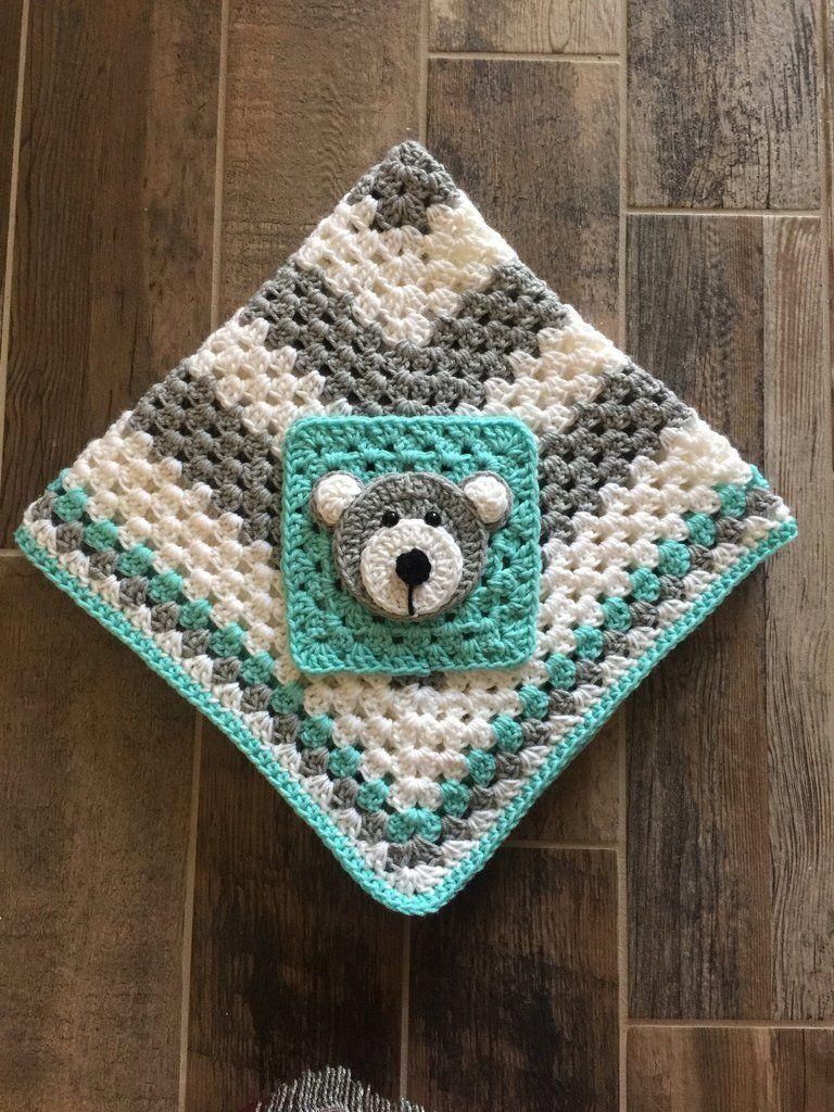 Bebe oso | Mantas- Pañoletas- Blanket | Pinterest | Baby blanket ...