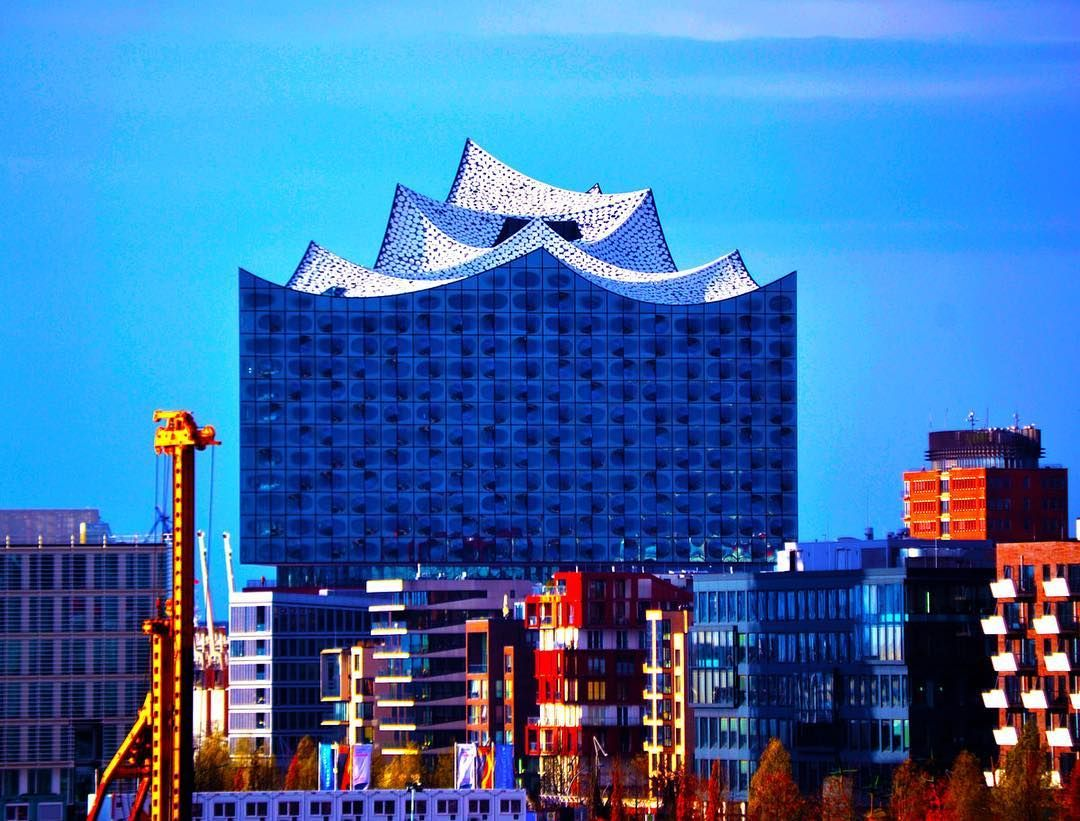 Elbphilharmonie Fuhrung Auf Der Plaza Hamburg Sehenswurdigkeiten Hamburg Sehenswurdigkeiten