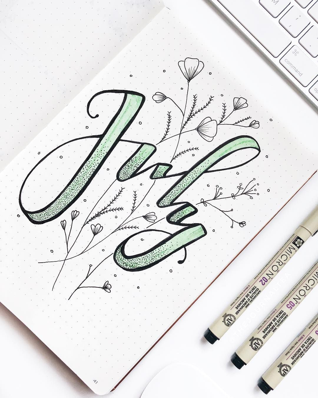 25+ Awesome mint green bullet journal themed spreads! | My Inner Creative #greenthings