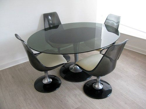 Worth Noting From The Off That There Are Two Auctions Here, With The Seller  Deciding To Split The Chromcraft Smoke Glass Dining Table And Chairs Into