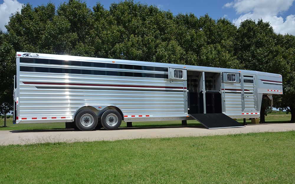 4 Star 9h Stock Combo With Side Ramp 800 848 3095 Livestock Trailers Cattle Trailers Star Trailer