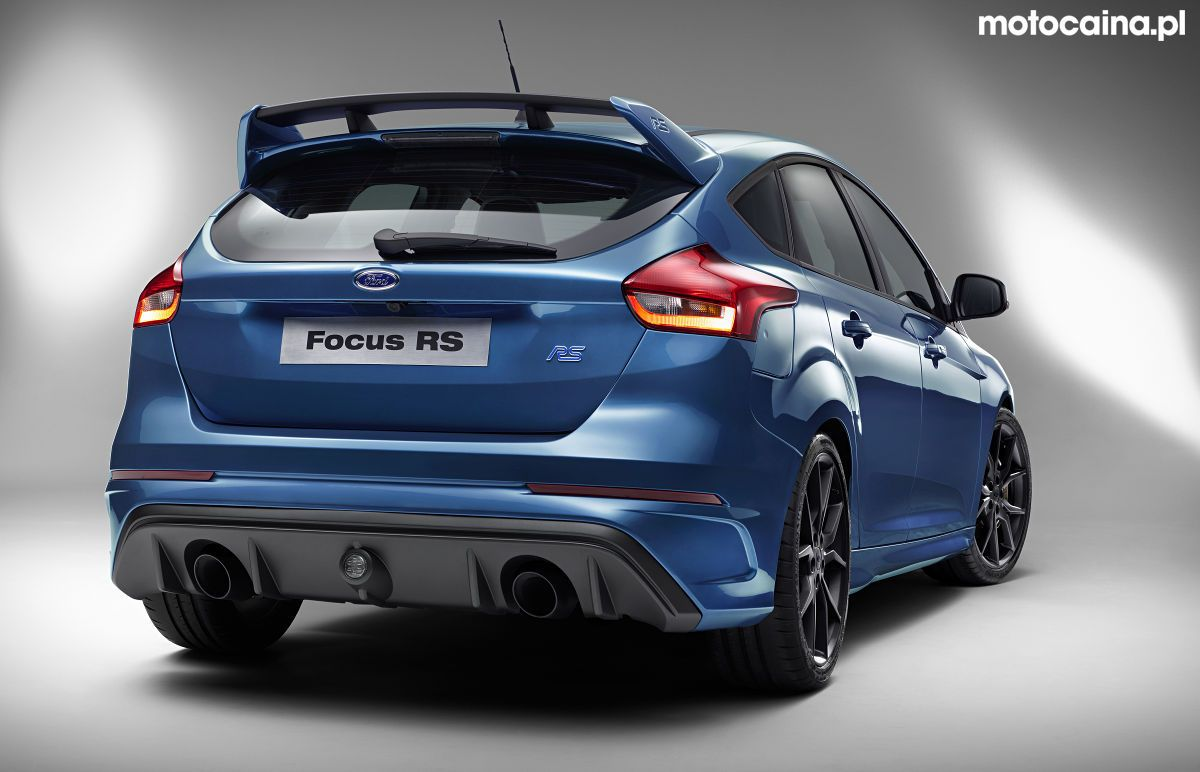 Ford focus rs mk3 third generation back double exhaust blue paint