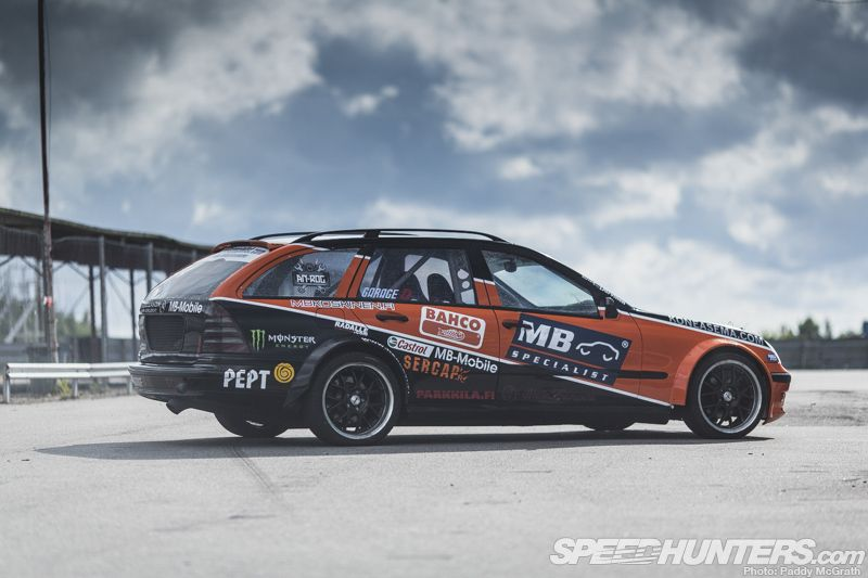 Black smoke racing mercedes w203 wagon for Mercedes benz of hunt valley