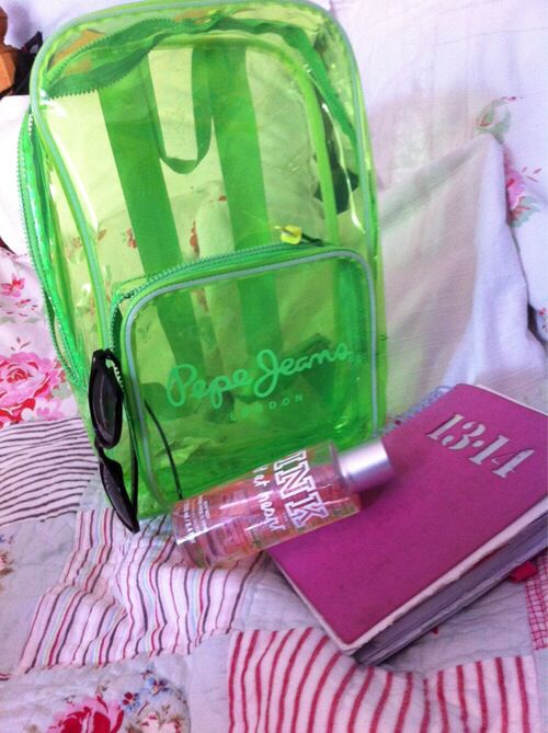 A Victorias Secret PINK summer!