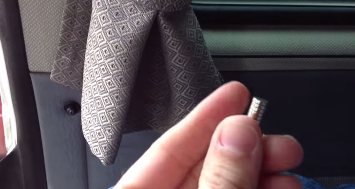 How to add magnets to VW Vanagon curtains to keep light out