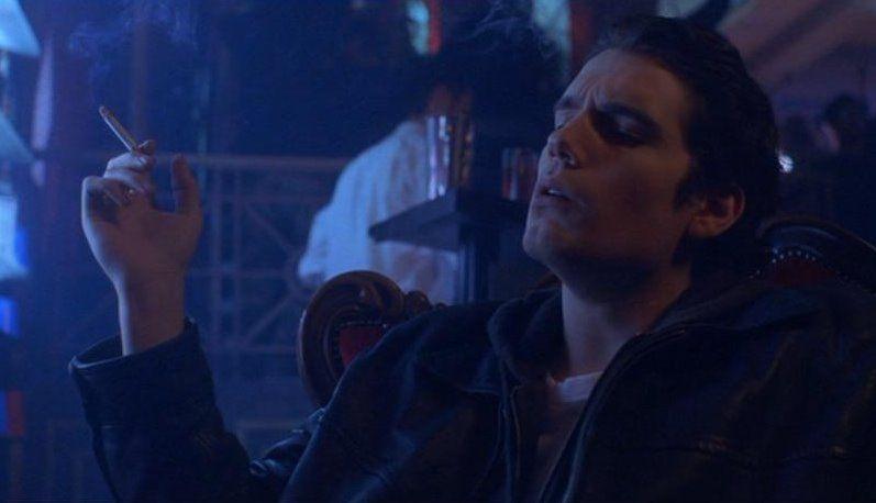 Henry Cavill >> Photo: Henry Cavill Smoking 1   Popular Smokers   HENIEK ...
