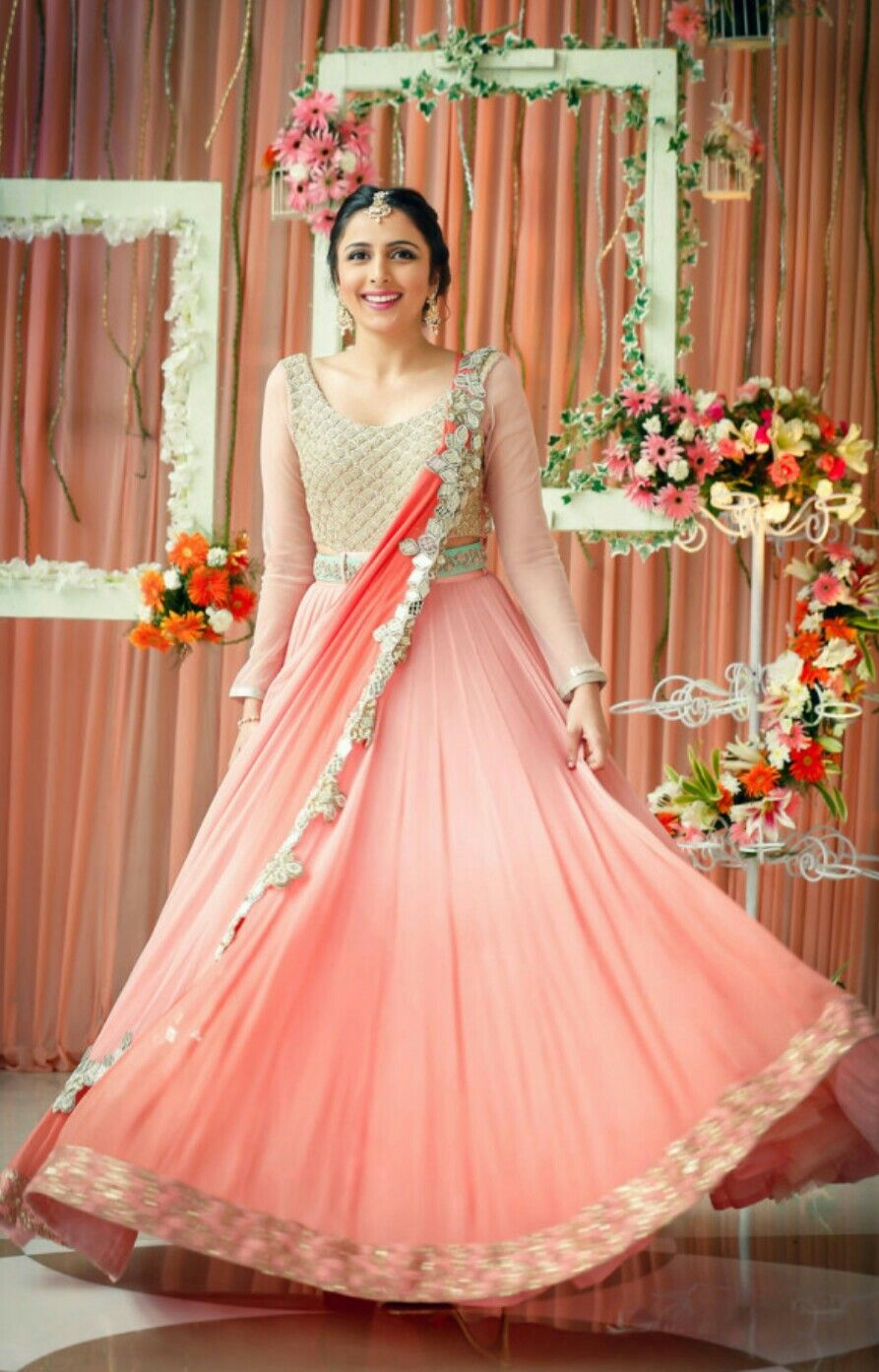 Wear to wedding dresses  Pin by Shruti Sharma on ethnic wear  Pinterest  Ethnic