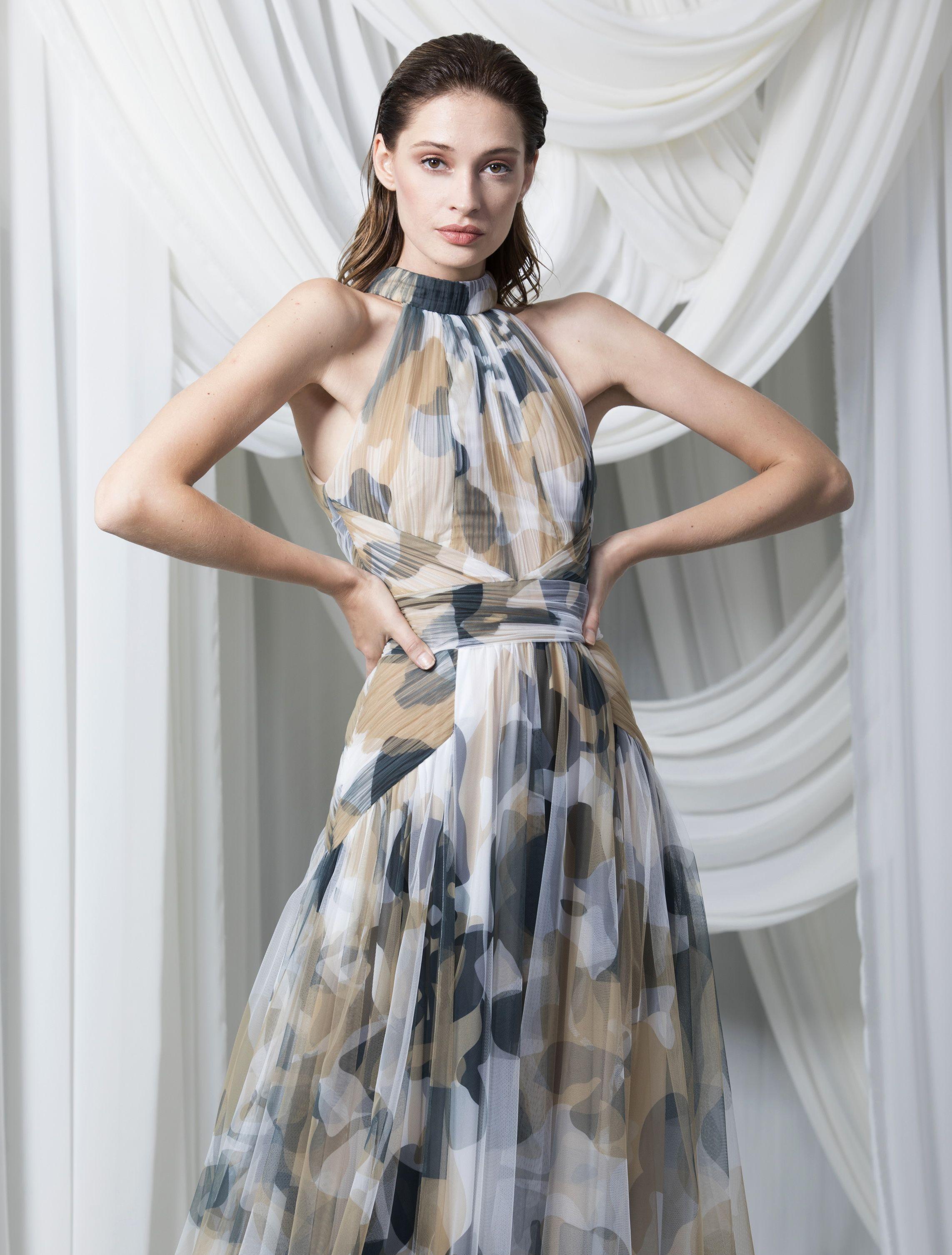 Prints And Patterns Couture Dresses Unique Dresses Dresses [ 3012 x 2285 Pixel ]