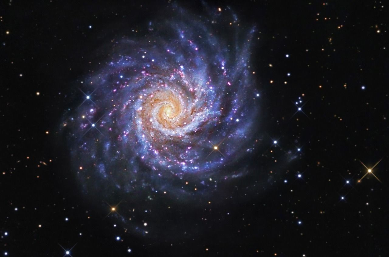 Messier 74 (also known as NGC 628) is a Spiral Galaxy in the constellation Pisces.