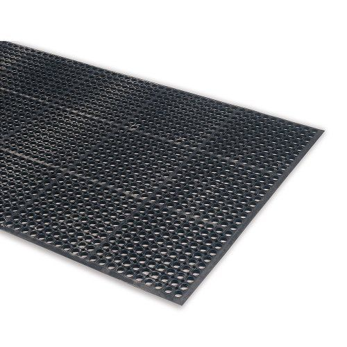 Wearwell Drainage Mats Black By Wearwell 38 10 Wearwell Drainage Mats Allow Spills To Pass Directly Through The Holes Keeping Workers Fee With Images House Materials