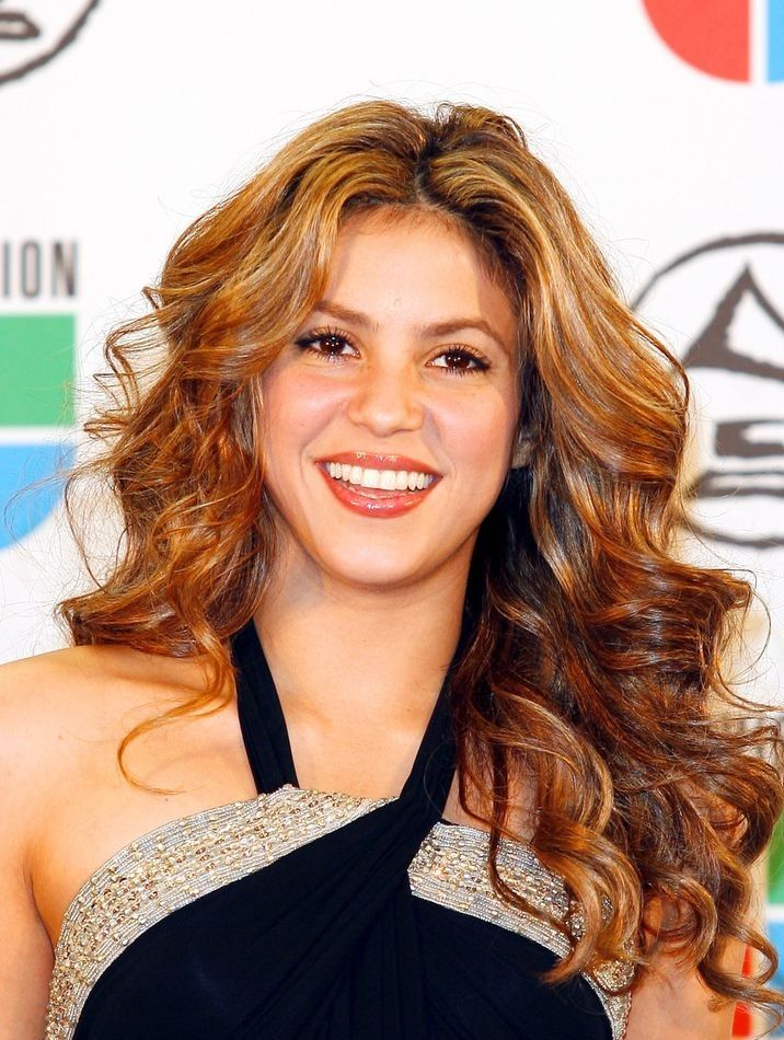 Top 50 Beautiful Wavy Long Hairstyles to Inspire You (With ...