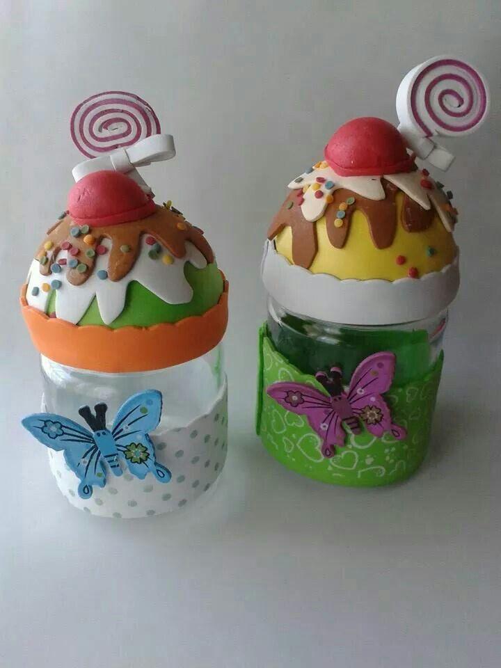 Botes decorados trucos espacio pinterest for Botes de cocina decorados con goma eva