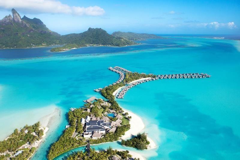 The Maldives Amazing Tropical Beaches