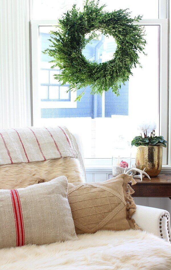 Simple Christmas Decor Tips the dining