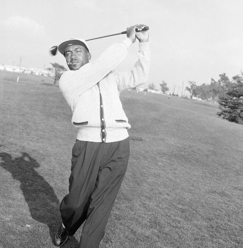 From Caddy To Pro Golfer Charlie Sifford Dies At 92