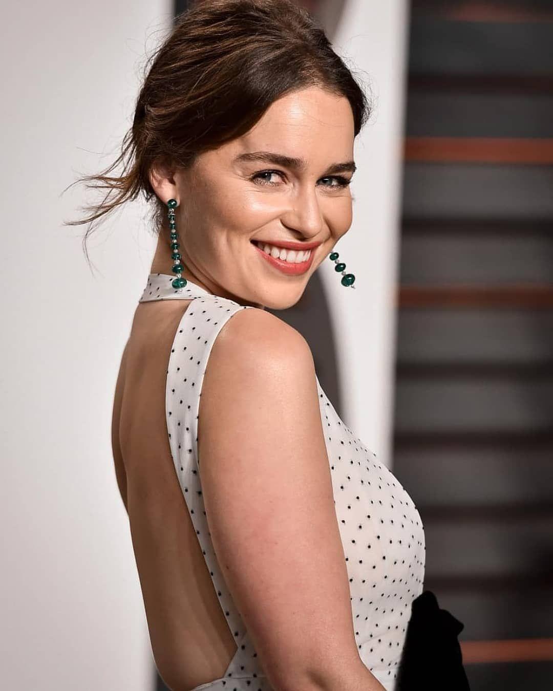 Emilia Clarke | Emilia clarke bikini, Emilia clarke ...