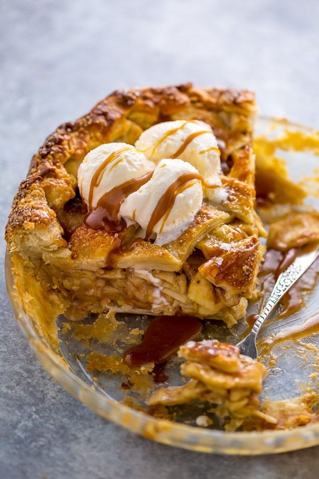 Salted Caramel Apple Pie - Baker by Nature #sweetpie