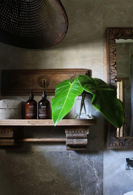 The Indonesian spirit in an Australian villa