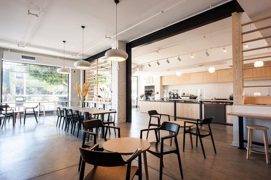 Inside Blue Bottle Coffee's Beautiful New Beverly Blvd Cafe - Eater LA