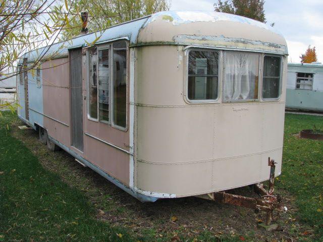 Vintagecampers Com His Private Collection 1953 Vagabond 35 Price N A Vintage Camper Vintage Trailers Vintage Camping