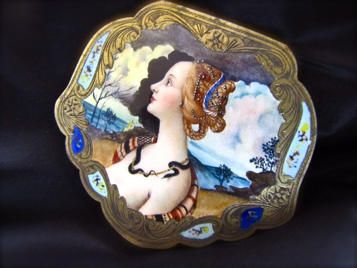Rare Renaissance Woman's Enameled 800 Silver Powder Compact Mirror