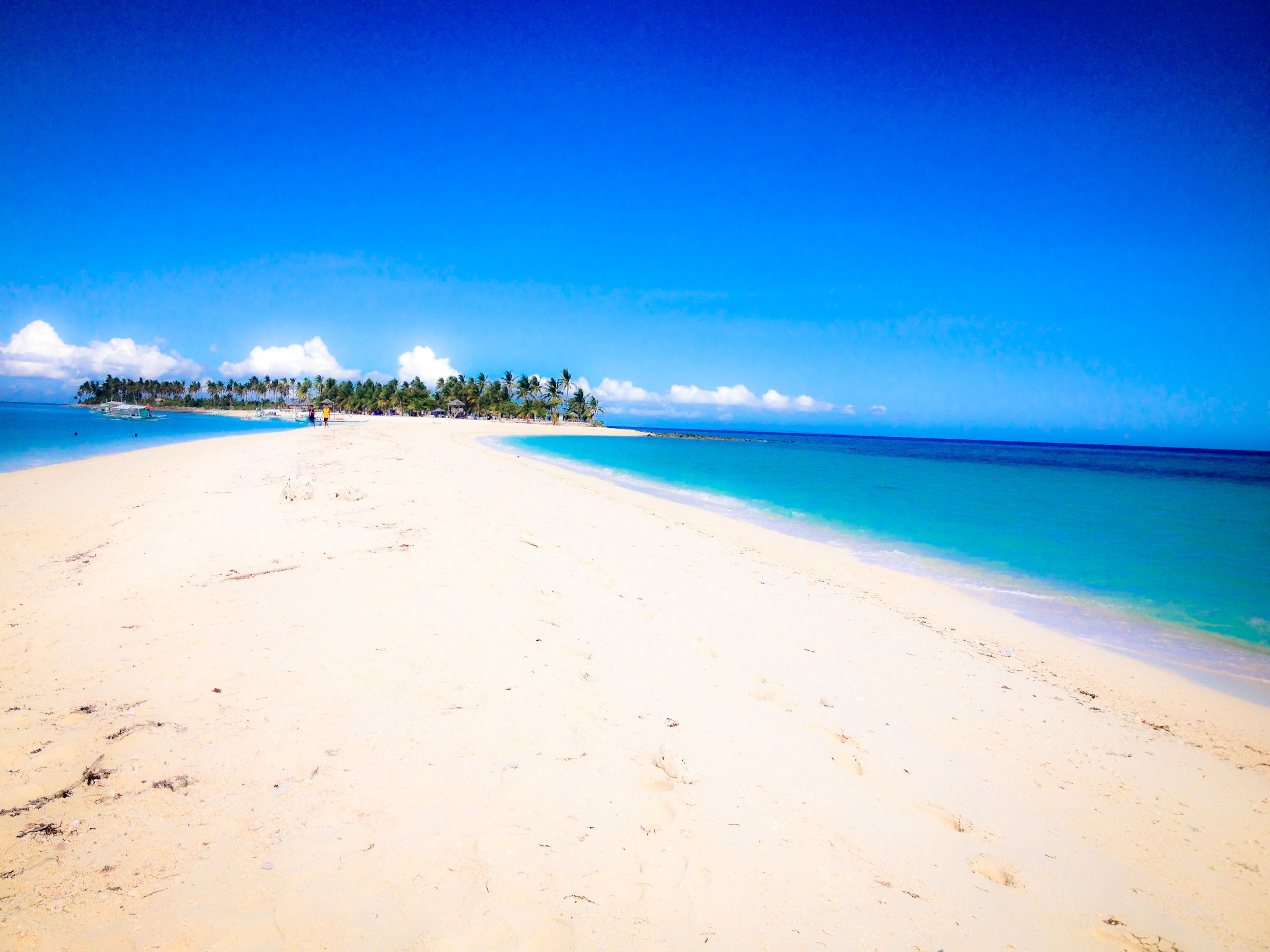Summer Paradise.. Just gotta love the sandbar!!! ❤️