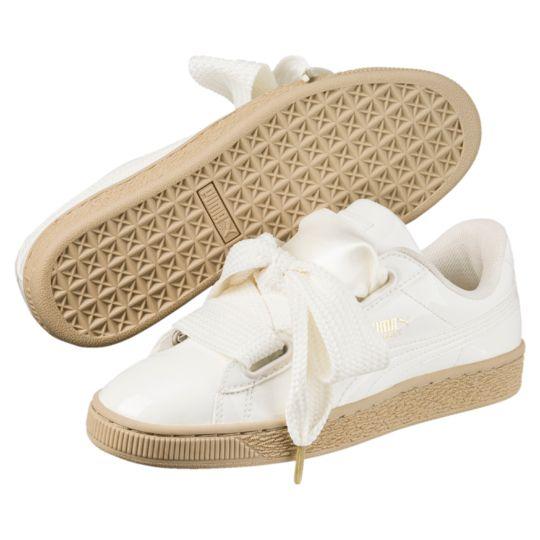 new concept fa9b4 e2798 Basket Heart Patent Women's Trainers in 2019   Shoes   Puma ...